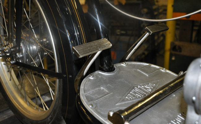 running-board-henderson-motorcycle-restoration